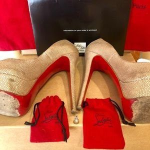 Christian Louboutin Shoes - ❤️CHRISTIAN LOUBOUTIN ❤️PRICE DROP 🔴🔴🔴